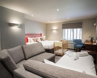Kettering Park Hotel & Spa - Kettering - Room amenity