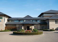 Thorpe Park Hotel & Spa - Leeds - Building