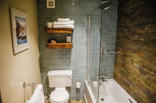 Crown Inn at Pooley Bridge - Pooley Bridge - Phòng tắm