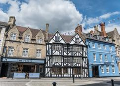 The Fleece at Cirencester - Cirencester - Bangunan