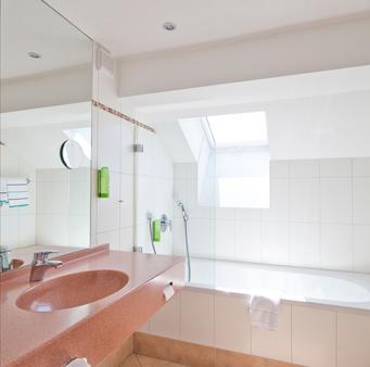 Creativhotel Luise - Erlangen - Bathroom