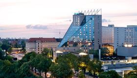 Estrel Berlin - Berlim - Edifício