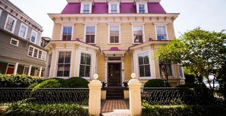 Barksdale House Inn - Charleston - Building