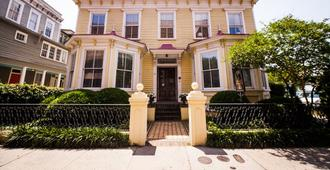 Barksdale House Inn - Charleston - Edificio