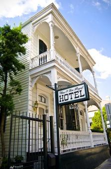Nine-O-Five Royal Hotel - New Orleans - Rakennus