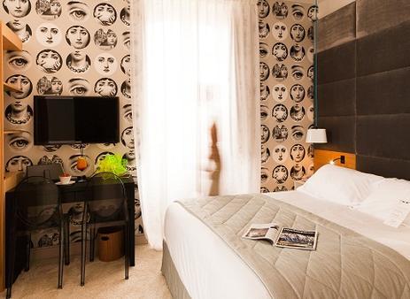 希豪維特酒店 - 比亞里茲 - 比亞里茨 - 臥室