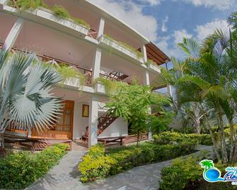 Hotel Bahia Pinorroa - Capurgana - Building