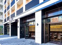 Hotel Wbf Namba Motomachi - Osaka - Rakennus