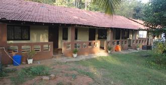 Raikar Guest House - Bogmalo