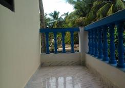 Casa Almeida Guest House - Candolim - Näkymät ulkona