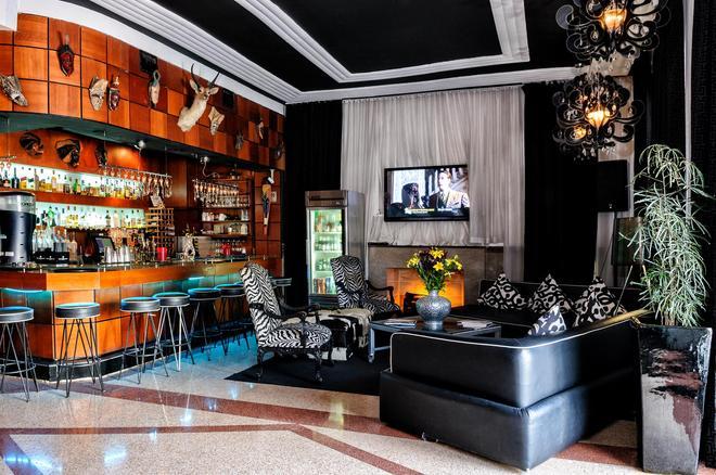 Chesterfield Hotel & Suites - Miami Beach - Bar
