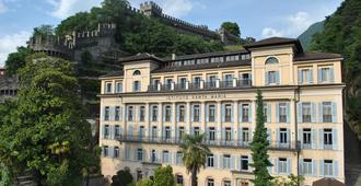 Bellinzona Youth Hostel - Bellinzona - Building