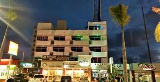 Capital O Zona Dorada Inn - Mazatlán - Rakennus