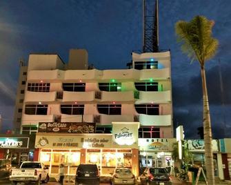 Capital O Zona Dorada Inn - Mazatlán - Building