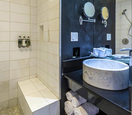O Hotel - Λος Άντζελες - Μπάνιο