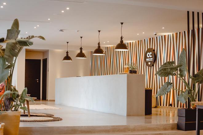 Z 俱樂部 - 新世代飯店 - Limenas Chersonisos - 櫃檯
