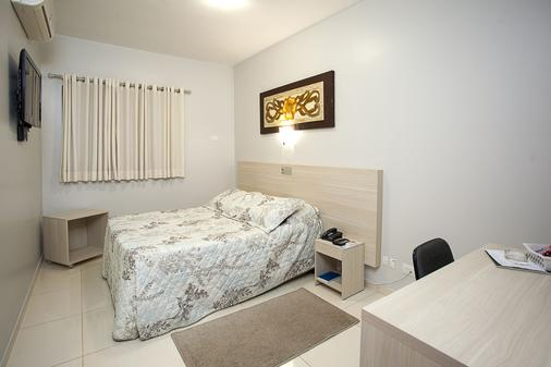 Alves Hotel ltda - Marília - Bedroom