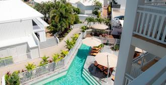 Airlie Beach Hotel - Airlie Beach - Pool