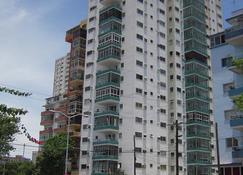 Habana Y Mar - Havana - Building