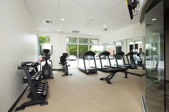 Redac Gateway Hotel In Torrance - Torrance - Gym