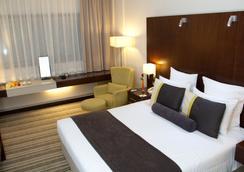 Avari Dubai Hotel - Dubai - Phòng ngủ