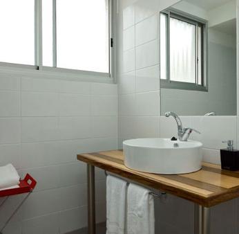 G38 Boutique Apartments - Haifa - Bathroom