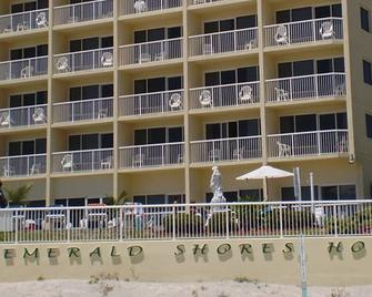 Emerald Shores Resort - Daytona Beach - Building