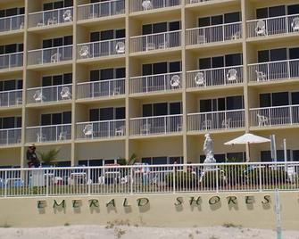 Emerald Shores Resort - Daytona Beach