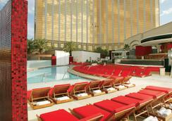 Mandalay Bay Resort and Casino - Las Vegas - Piscine
