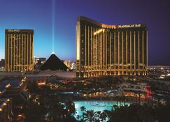 Mandalay Bay Resort and Casino - Las Vegas - Bygning