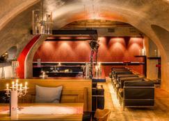 愛上阿爾卑酒店 - 錫菲爾德因提羅 - 塞費爾德 - 酒吧