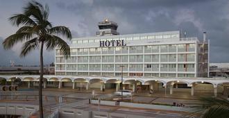 San Juan Airport Hotel - סן חואן