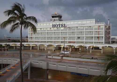 San Juan Airport Hotel Building