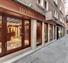 Hotel Casanova Venezia