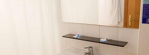 Hotel Playasol Palma Cactus - Palma de Mallorca - Bathroom