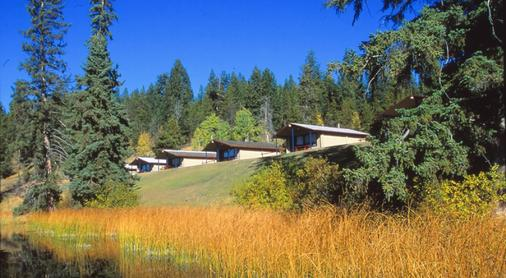 Lac Le Jeune Resort And Nature Centre - Kamloops - Building