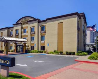 Hotel Nova SFO by Fairbridge - South San Francisco - Gebäude