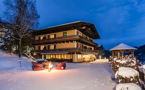 Hotel eva,garden - Saalbach - Gebäude