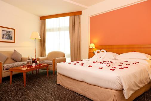 J5 Hotels - Port Saeed - Dubai - Phòng ngủ