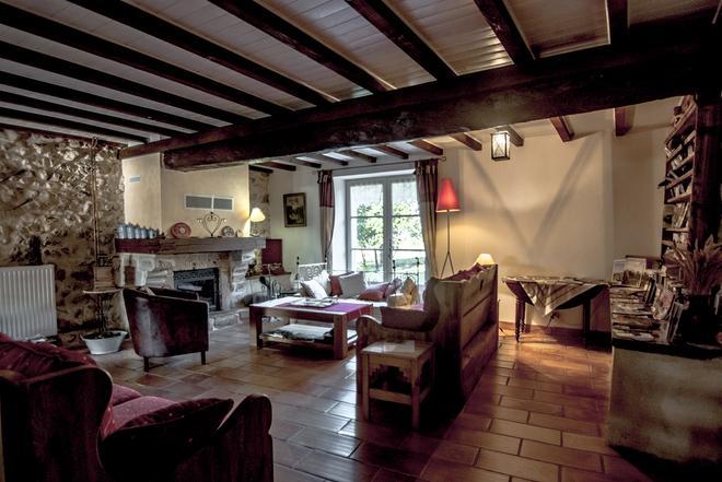 L'Estapade Des Tourelons - Saint-Jean-en-Royans - Living room