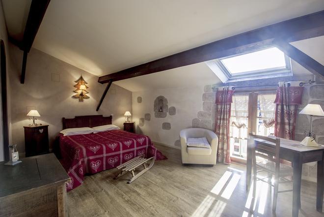 L'Estapade Des Tourelons - Saint-Jean-en-Royans - Bedroom