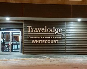 Travelodge By Wyndham Whitecourt Conference Centre & Suites - Whitecourt - Building