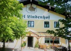 Hotel Pension Lindenhof - Prien am Chiemsee - Building