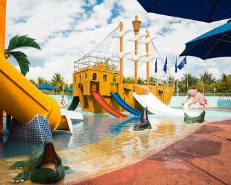 Seadust Cancun Family Resort - Cancún - Piscina