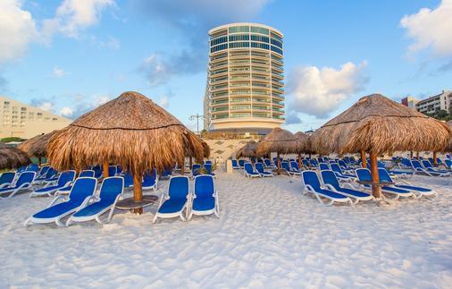 Seadust Cancun Family Resort - Cancún - Beach