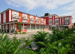 Johannesbad Hotel Füssinger Hof - Bad Fuessing - Building