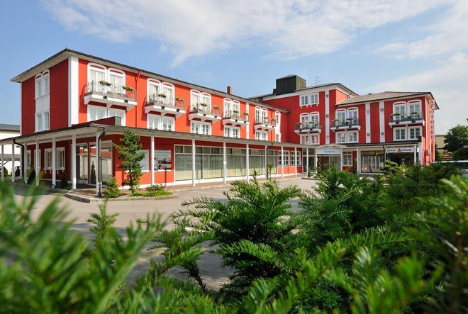 Johannesbad Hotel Füssinger Hof - Bad Fussing - Rakennus