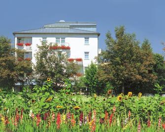 Johannesbad Hotel Phönix - Bad Fuessing - Outdoor view
