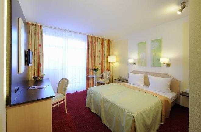 Johannesbad Hotel Phönix - Bad Fussing - Makuuhuone