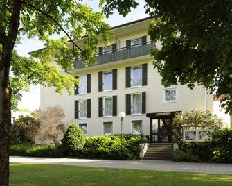 Johannesbad Hotel Undine - Bad Füssing - Building
